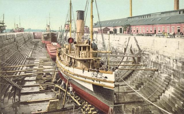 Dry_Dock,_Portsmouth_Navy_Yard,_Kittery,_ME